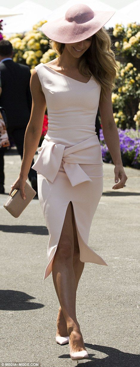 jennifer-hawkins-oaks-day